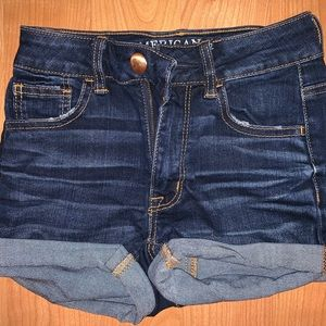dark washed American eagle jean shorts💙